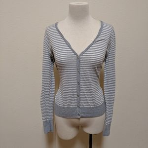 Old Navy Sweaters - 3FOR$20 Old navy cardigan medium